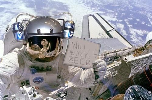 15 наздравици за Нова година вдигат космонавтите thumbnail
